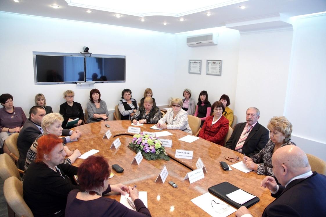 Состоялось заседание Совета по связям с общественными организациями