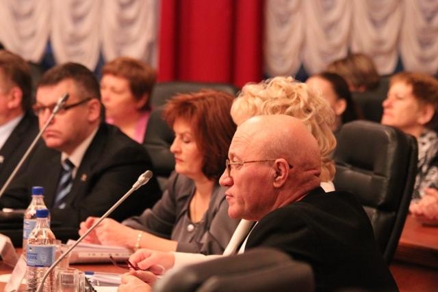 Депутаты обсуждают президентский законопроект