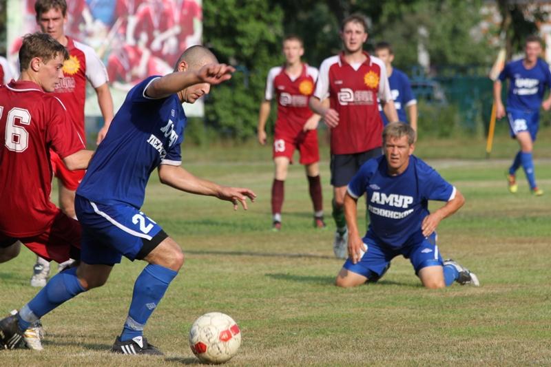 В Ленинском начался футбольный турнир