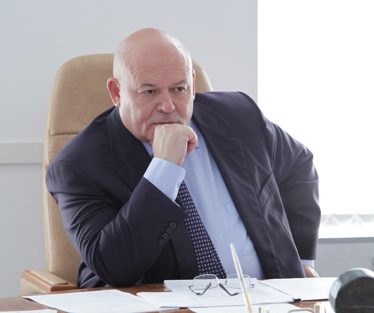 А. Тихомиров: Депутат должен защищать интересы людей в любом районе