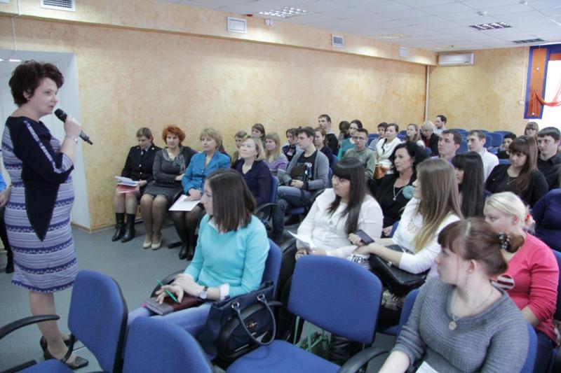 Депутаты встретились с представителями молодежи ЕАО