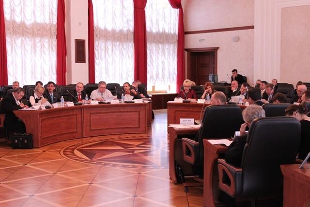 Депутаты поддержали работников культуры и здравоохранения