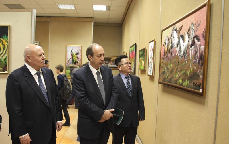 В ЕАО открыта выставка корейских мастеров искусства