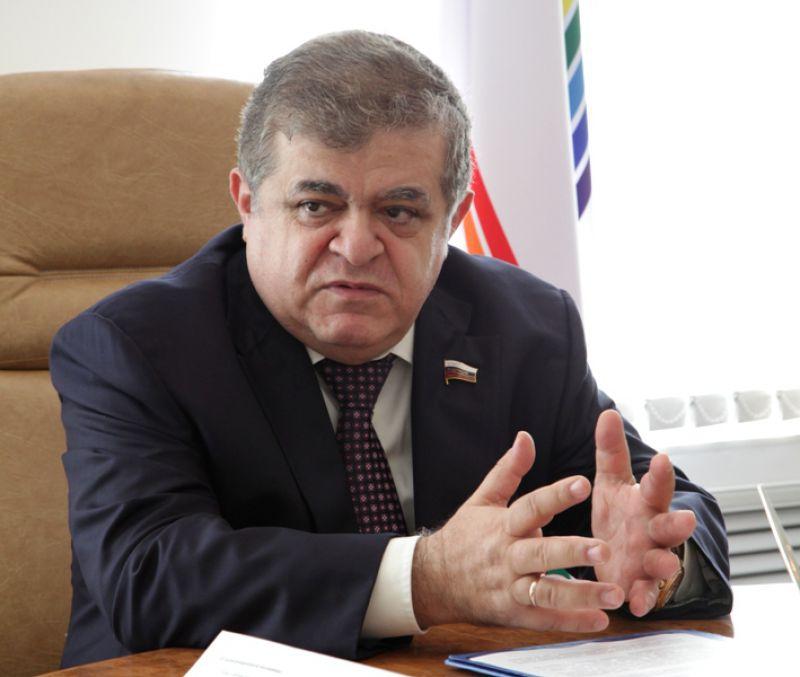 В. Джабаров: Нам нужно работать и не обращать внимания на санкции