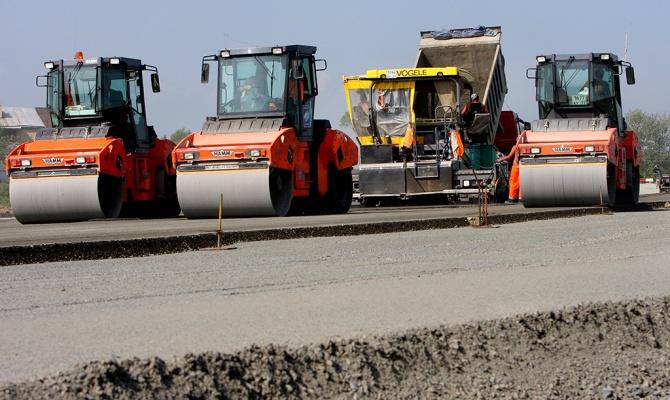 В ЕАО отмечают День работников дорожного хозяйства