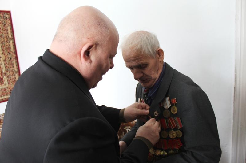 А. Тихомиров встретился с ветеранами