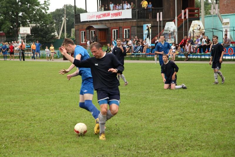 В Ленинском завершился традиционный футбольный турнир