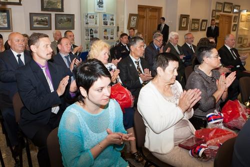 Спикер парламента ЕАО принял участие в мероприятиях ДФО ко Дню России