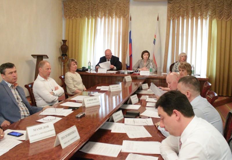 В парламенте ЕАО прошли заседания постоянных комитетов