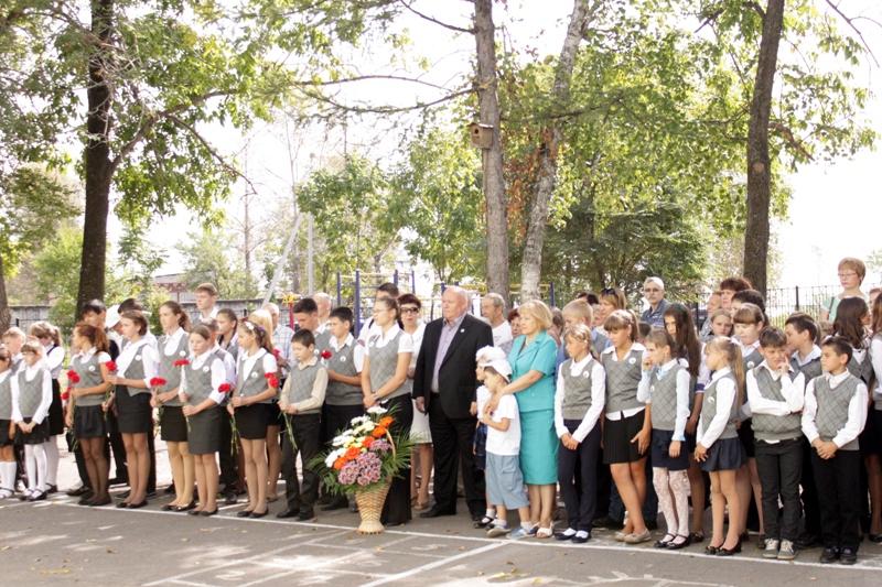 Открыта памятная доска О.Ф. Матушевской