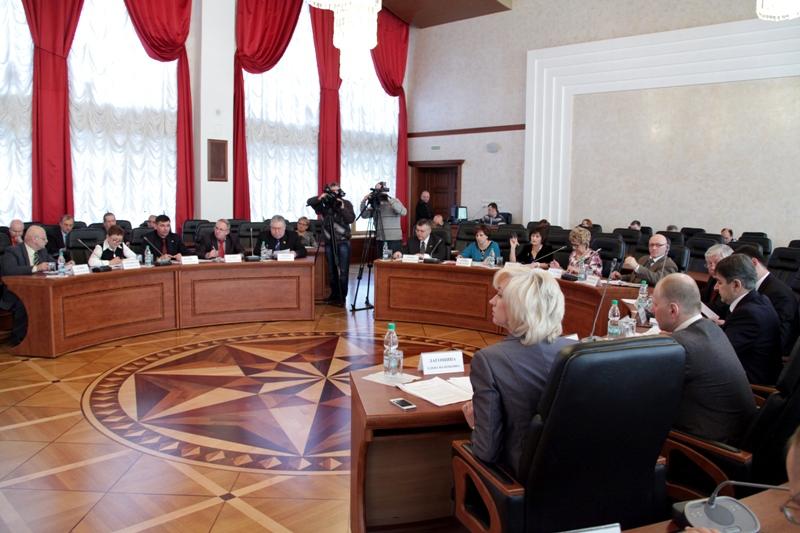 Депутаты обсудили вопросы управления госсобственностью