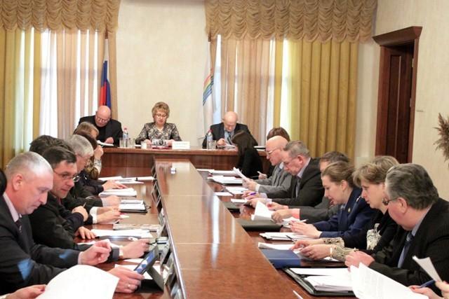 Состоялись заседания комитетов Собрания