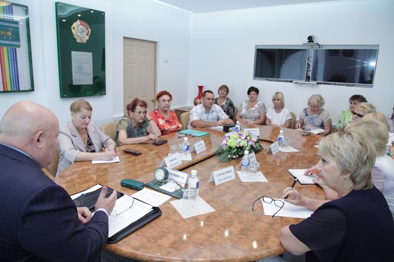 Общественники обсудили ситуацию в ЖКХ
