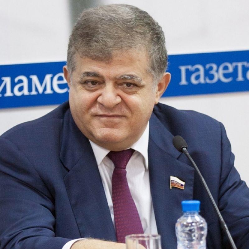 В. Джабаров: Для граждан Белоруссии въезд в РФ останется безвизовым