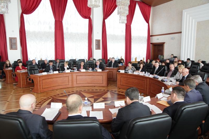 Готовятся слушания по исполнению областного бюджета