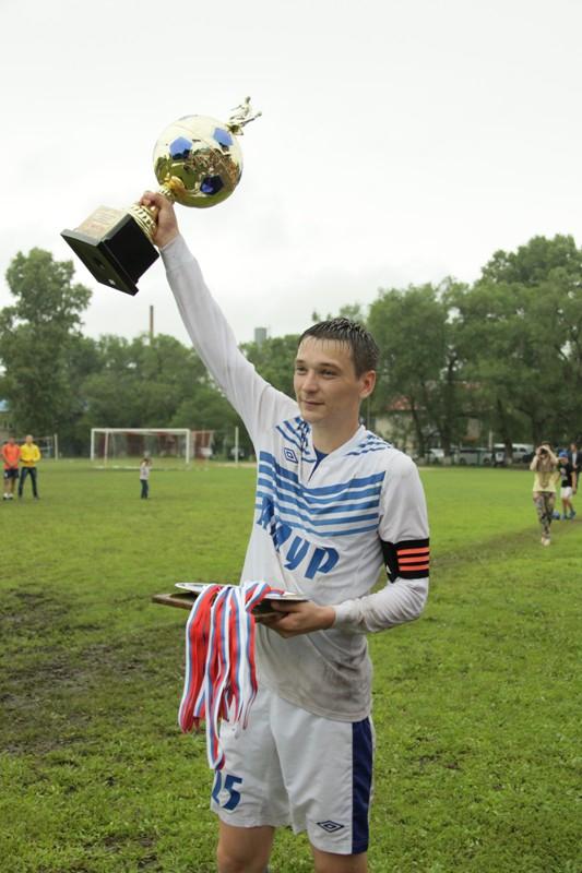 Кубок главы Ленинского района по футболу выиграли хозяева
