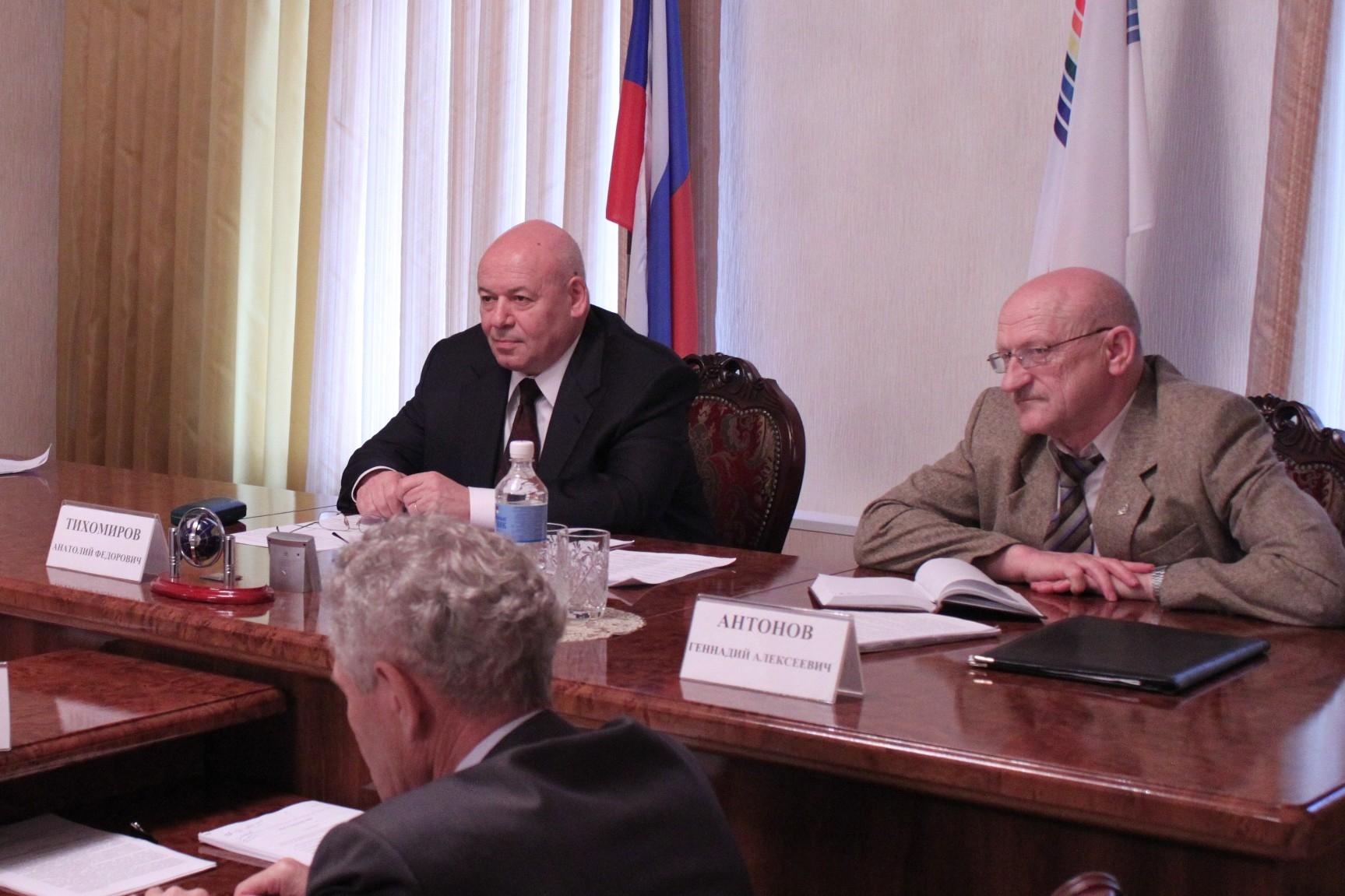 А. Тихомиров: Люди ждут не обещаний, а дела