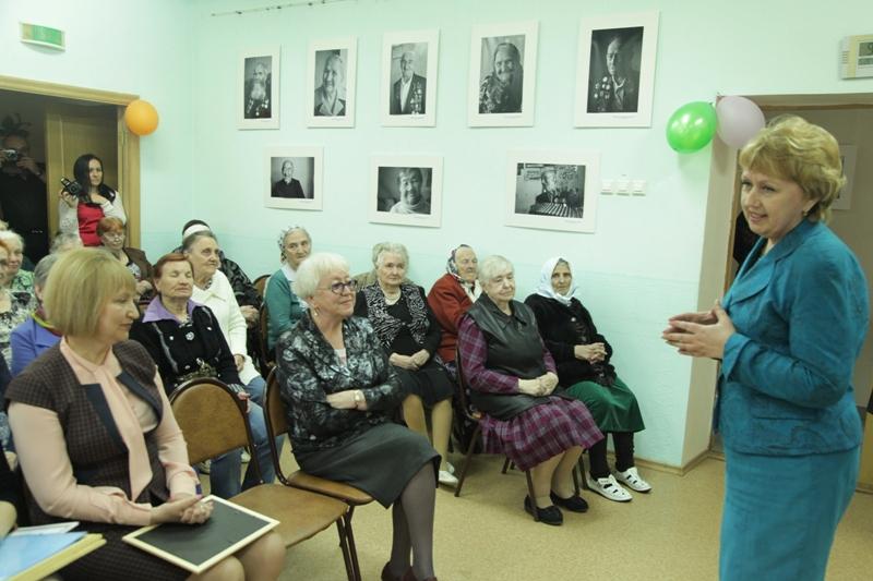 Депутаты поздравили второй социальный дом с юбилеем