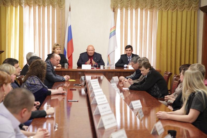 А. Тихомиров: Журналисты влияют на умы и сердца людей