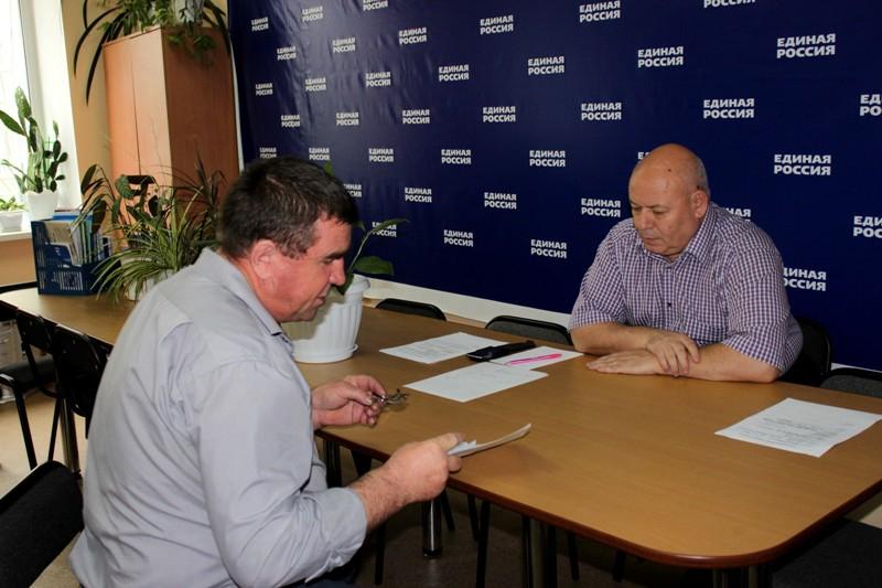 Спикер парламента ЕАО провел прием избирателей