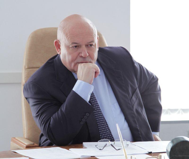 А. Тихомиров участвует в заседании Совета при полпреде ДФО