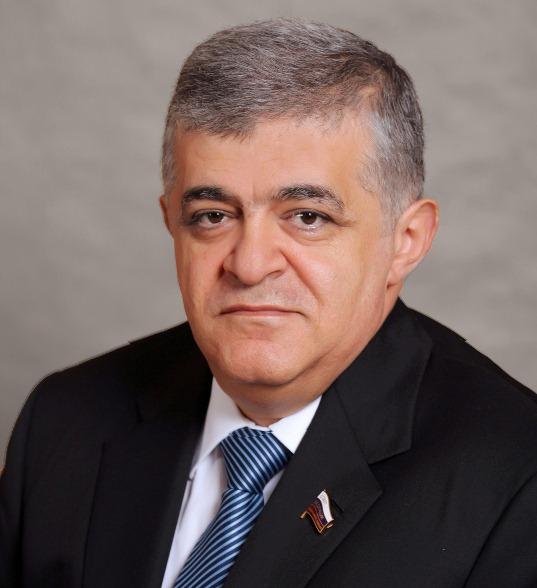 В. Джабаров вошел в первую медиадесятку сенаторов