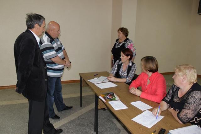 Победителем предварительного голосования стал М. Половинко
