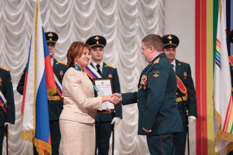 Военнослужащим вручены награды парламента ЕАО