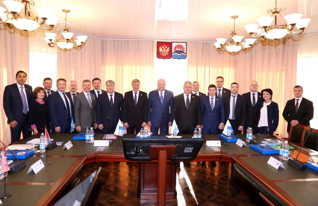 Открылось заседание парламентской ассоциации «ДВ и Забайкалье»