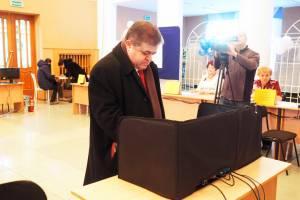 В. Джабаров: Мы выбираем путь, по которому пойдет Россия