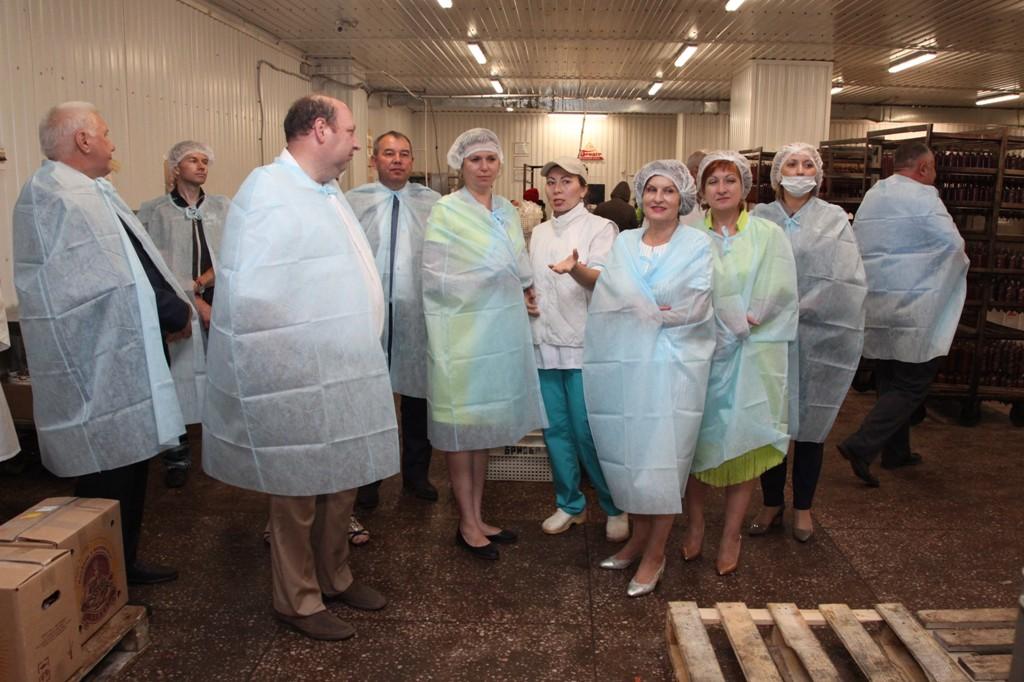 Депутаты посетили одно из предприятий ООО «Бридер»