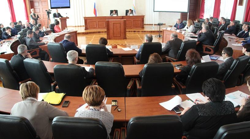 Депутаты присвоили В. Яновичу звание «Почетный гражданин ЕАО»