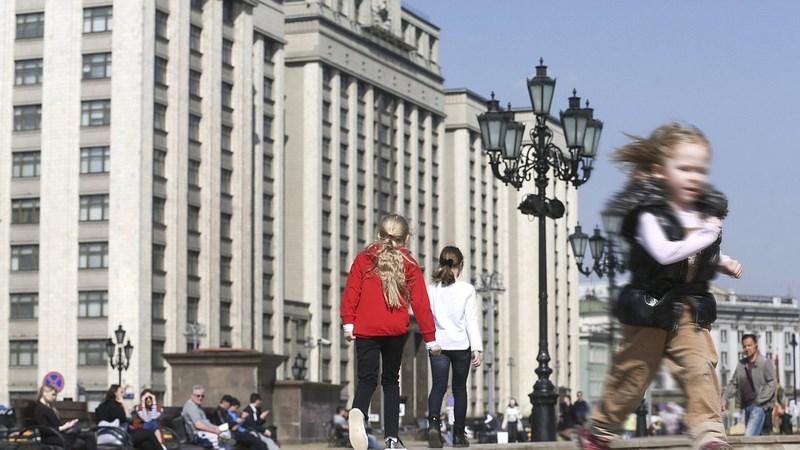 А. Тихомиров: Получать детские пособия будет проще