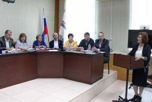 Л. Павлова приняла участие в работе Собрания депутатов Ленинского района
