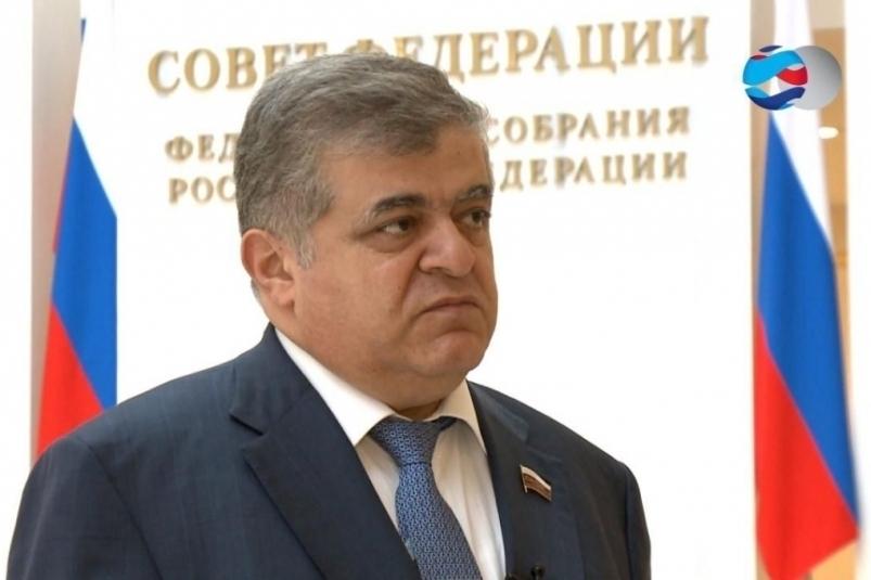 В ЕАО с рабочей поездкой находится сенатор В. Джабаров