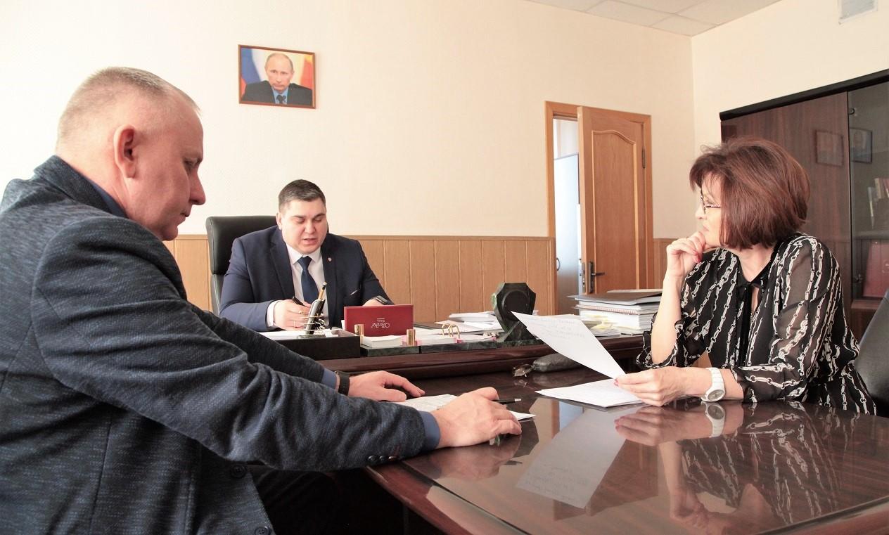 Л. Павлова встретилась с руководителями Смидовичского района