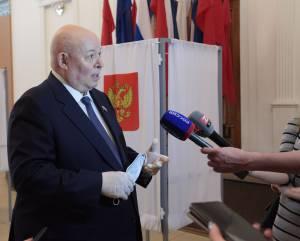 А. Тихомиров: Обновленная Конституция найдет отражение в законах