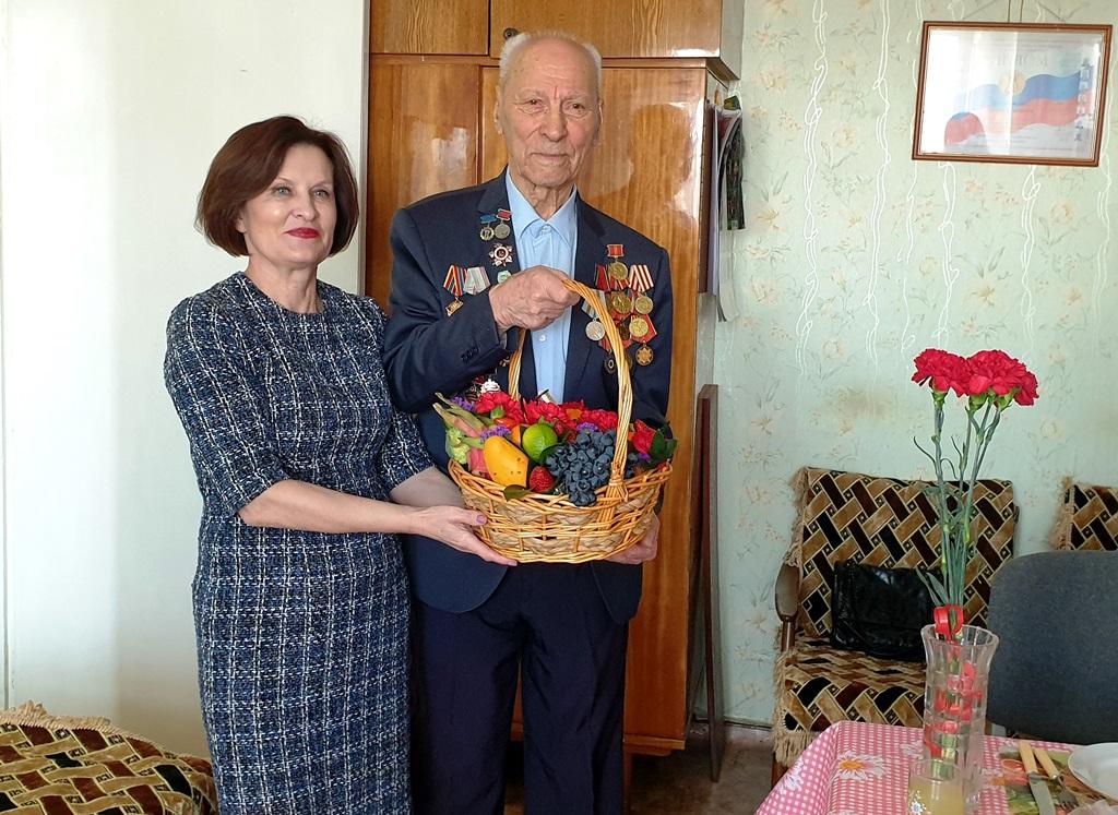 Л. Павлова встретилась с Л.М. Брусиловским