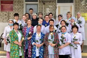 Депутаты поздравили медсестер